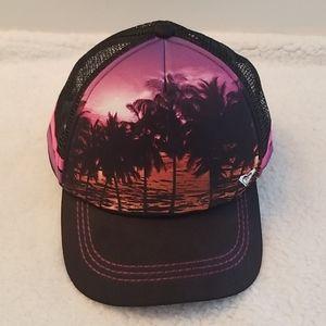 💕  ROXY HAT  💕